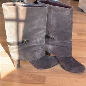 Stylish Suede boot
